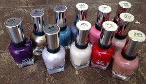 Aunty's eBay purchase of Sally Hansen's polish.  I was gonna include the marbles I bought too, but I lost them.........