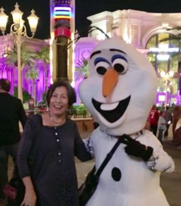 Aunty and Olaf in Vegas